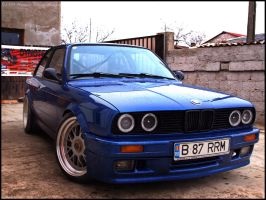 Electric Blue e30 by Kolegu