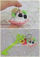 yay for pink fruity tart!! key holder by Fraise-Bonbon