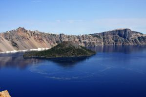 Crater Lake by opticverve