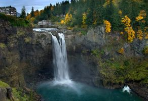 Snoqualmie Falls by LarryGorlin