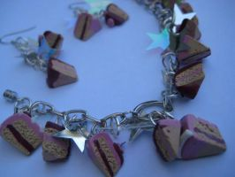 Cake charm bracelet update by eatyourbrians