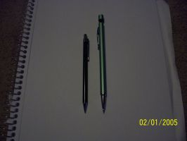 Mechanical pencil size comparison by Snivy94