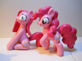 Pinkie Pies! by EarthenPony