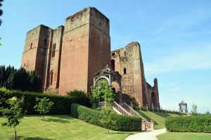 Kenilworth Castle (5) by masimage