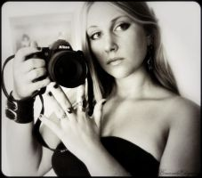 Nikon D3000 by EmeraldElegance