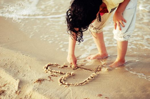 Sand Heart by HaniD8