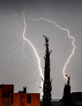 Lightning by PPILIC-ST