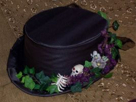 Ivy skeleton top hat by pennyfarthing1893