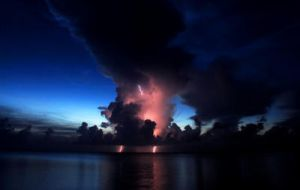 Sunset lightning by bandesz99 by Scapes-club
