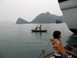 Ha Long Bay: A Family Balance by Staindk