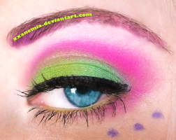 Colorful eye by XXAnemia