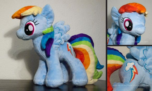 Rainbow Dash plush by Cow-In-A-Keyhole