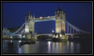 Tower Bridge at night by jeremi12