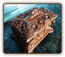 WOODEN JEWELLERY BOX by Ta-Sar