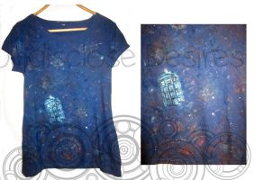 Doctor Who - Lost in Space Tardis - T-shirt by Undisclose--Desires