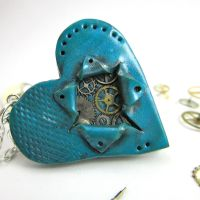Steampunk Be still my ticking heart necklace OOAK by TrenoNights