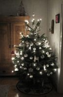 Christmas tree 2012 by JackTheLateRiser