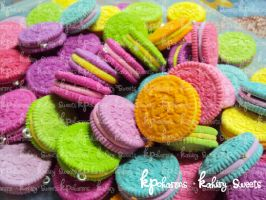 rainbow oreos by KPcharms