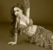 Belly Dancer on the Floor by carolinaangulo