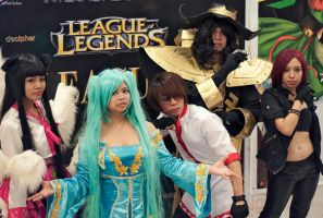 League of Legend Compadres by EarnestInBerlin