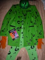 Riddler's suit. by AlexWorks
