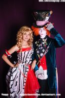 alice and mad hatter by ArtH-DePp