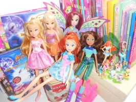 My collection of Winx by Sweet-Kitty-Kat