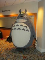 DragonCon '12 - Totoro by vincent-h-nguyen