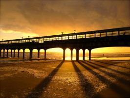 Boscombe Pier Sunset by 06footnerc