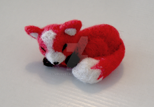 Little Needle felted fox by vrlovecats