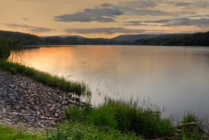 Llwyn On Reservoir by CharmingPhotography