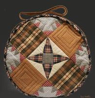 Round Bag Back by suedollinQuilts