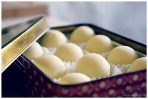 White Chocolate Truffles by pandrina