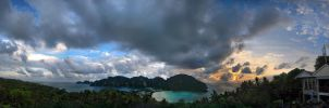 Koh Phi Phi Don View Point by Mygrapefruit