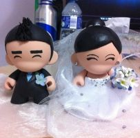 Wedding Cake Toppers Munnies! by GeekyPanda515