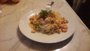 Butter Garlic Shrimp Pasta by Sakyriai