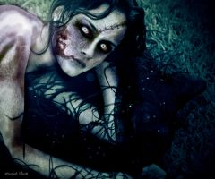 Zombified Alexis Bledel by MariahBlack09