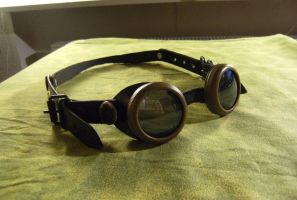 Some Goggles by Watisdatdennhier