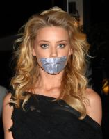 Amber Heard taped by ikell