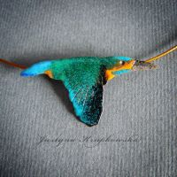 Kingfisher necklace by szaranagayama
