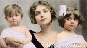 Teresa Wilms Montt and daughters by M3ment0M0ri