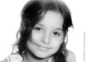 Smile of innocence by Isaleh