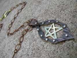 Pentagram Rivited Necklace by AbandonedMemory