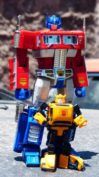 Optimus and Bee by Stratolily