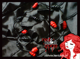 Red and black :: snails by windingkira