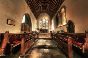 Pevensey Church Interior by wreck-photography