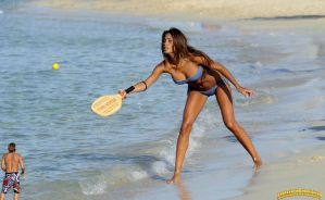 Federica Nargi paddle ball by lowerrider