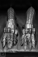 Ringwraith: Gauntlets by mistergrinn