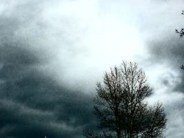 Cloudy Day by DarknessMyrkur