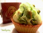 Pistachio's muffin by Melhyria